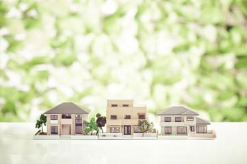 家 緑の背景