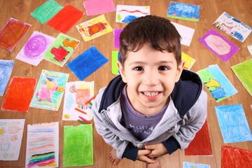 resim yapan çocuk portresi