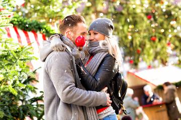 Liebe unterm Weihnachtsbaum