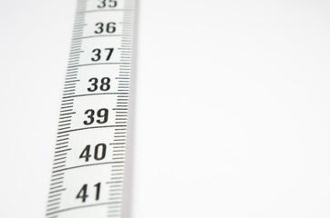 Cinta métrica para medir la talla.