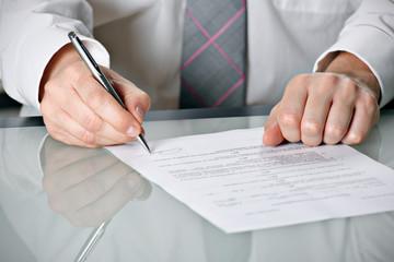 Obraz Podpisywanie umowy - fototapety do salonu