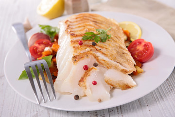 fish fillet and vegetable