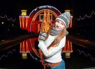 девушка в Рождественском городе