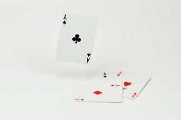 Poker mit schwebendem Ass