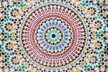 Round shape mosaic in moroccan style