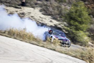 Coche Drift Car amateur derrapando nissan s13