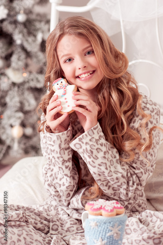 Smiling Beautiful Girl 12 14 Year Old Holding Snowman