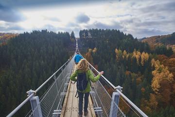 Germany, Rhineland Palatinate, Hunsrueck, Saar Hunsrueck Steig, Swing Bridge Geierlay