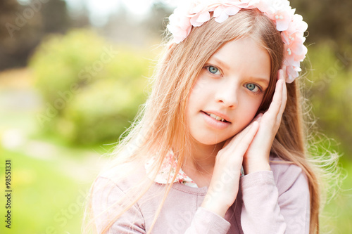 Beautiful blonde teen girl 10 14 year old wearing floral for Beautiful small teen