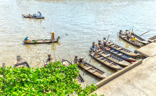 Hau Giang Vietnam  city photos : Foto: Hau Giang, Vietnam April 6th, 2015: Wharf floating market with ...