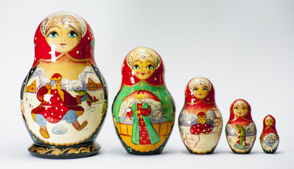 Matryoshka traditional set wooden figures nesting doll babooshka toys Russian souvenir