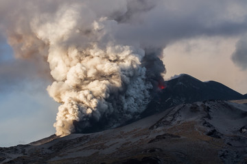 Pyroclastic flows and lava flows at Etna volcano  Fototapete
