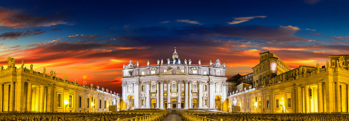 Wall Mural - Basilica of Saint Peter in Vatican