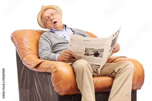 Quot Senior Man Sleeping On An Armchair Quot Fotos De Archivo E