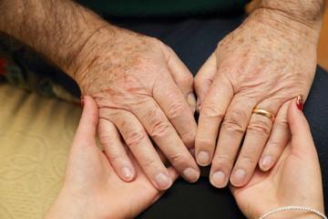 Sostegno e aiuto a persone anziane#2