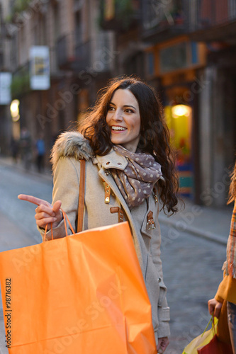 going shopping with friends Will you be shopping in a spanish-speaking country  you're going to need  basic supplies (food, hygiene products, probably some medicine after  break it  out when chatting with friends and recounting your adventures buying souvenirs  in.