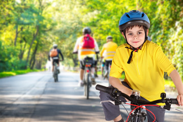 giovane ciclista