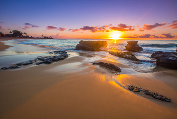 Sunrise over Sandy's Beach in Honolulu Wall mural