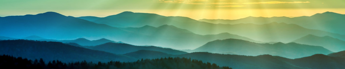 Foto op Canvas Olijf Smoky mountain ridges