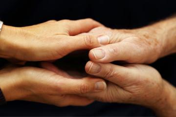 Comprendere e sostenere gli anziani