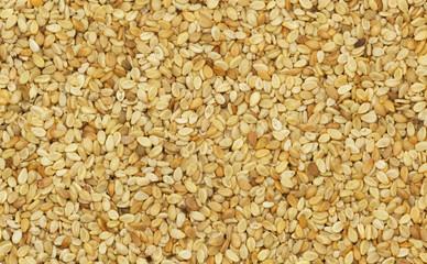 Nahaufnahme von naturbelassenem Sesam Samen