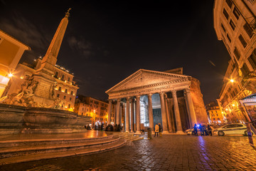 Fototapete - Rome, Italy: The Pantheon