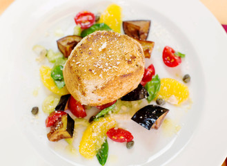 crusted swordfish fillet with steamed vegetables