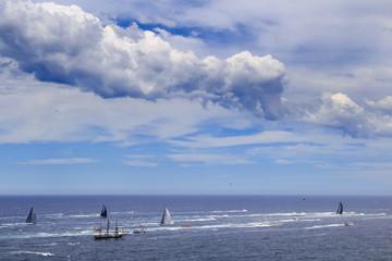 Sea Syd Hobart Leaders under cloud