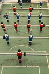 Futbolín antiguo.