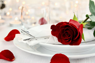 Romantic Candlelite Table Setting