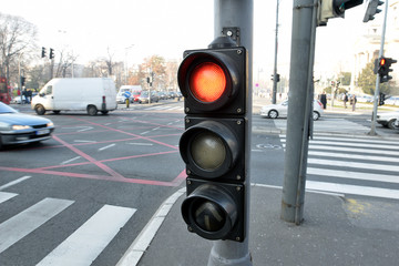 traffic light showing red light