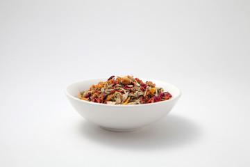ブレンドハーブティー 茶葉 白い丸皿