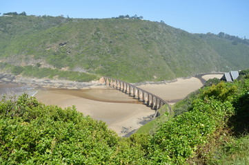 Garden Route river rail crossing -