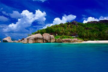 Strand mit Granitfelsen, Felicite, Seychellen