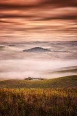 Nebbia in Toscana