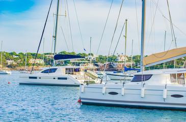 Segelboote Bucht Mittelmeer
