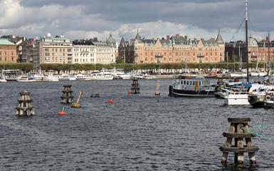 Stockholm, le port et les palais des quais de la capitale, Suède