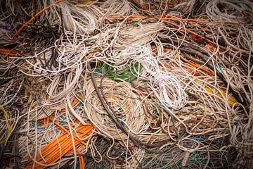 alte Kabel Leitungen