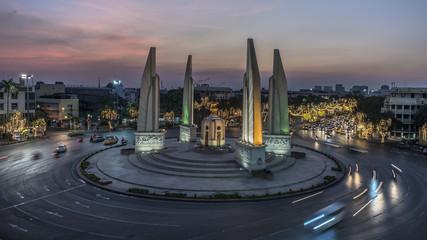 Fototapete - Democracy Monument Bangkok