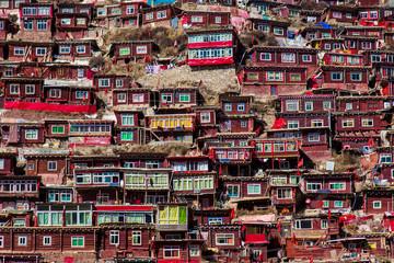 Larding Gar Sertar Sichuan China 2015