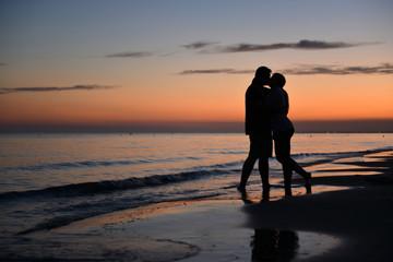 Para zakochanych na plaży w Bibione - Włochy