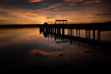 Steg am See - im Sommer Ammersee Bayern Sonnenaufgang Abendrot Spiegelung