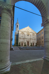 Fototapete - square of the cathedral in historic town Pienza, Tuscany, Italy.