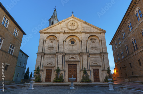 Fototapete square of the cathedral in Pienza, Tuscany, Italy.