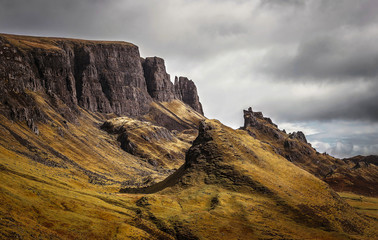 Wall Mural - The famous Quiraing on the Trotternish Peninsula on a cloudy day - Isle of Skye, Scotland, UK