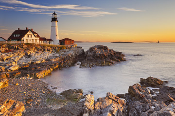 Fototapeten Leuchtturm Portland Head Lighthouse, Maine, USA at sunrise