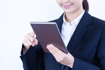 ビジネスウーマン タブレット スワイプ インターネット