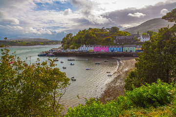 Wall Mural - The city of Portree on Isle of Skye on a nice sunny day - Scotland, UK