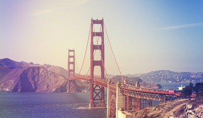 Retro stylized picture of the Golden Gate Bridge.