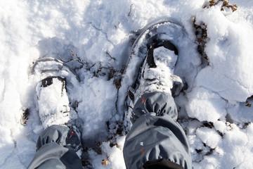 passeggiata in montagna con le ciaspole